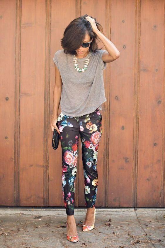pantaloni neri a fiori abbinamento