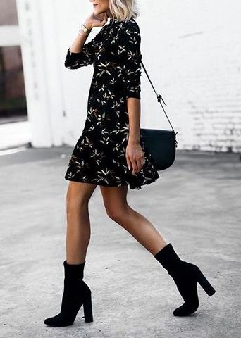 vestito nero a fiori abbinamento