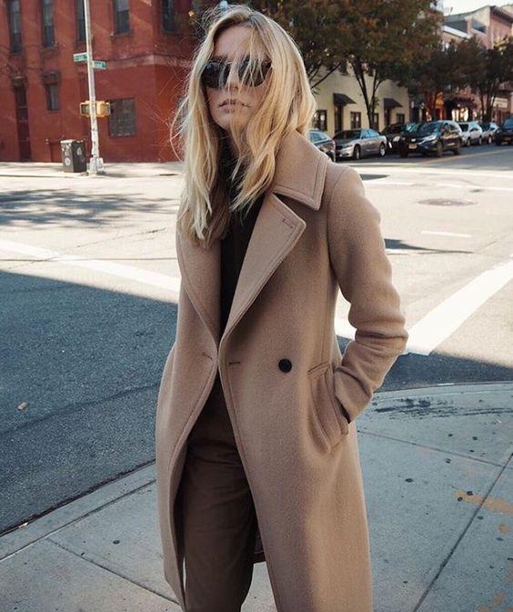cappotto cammello monocromatico