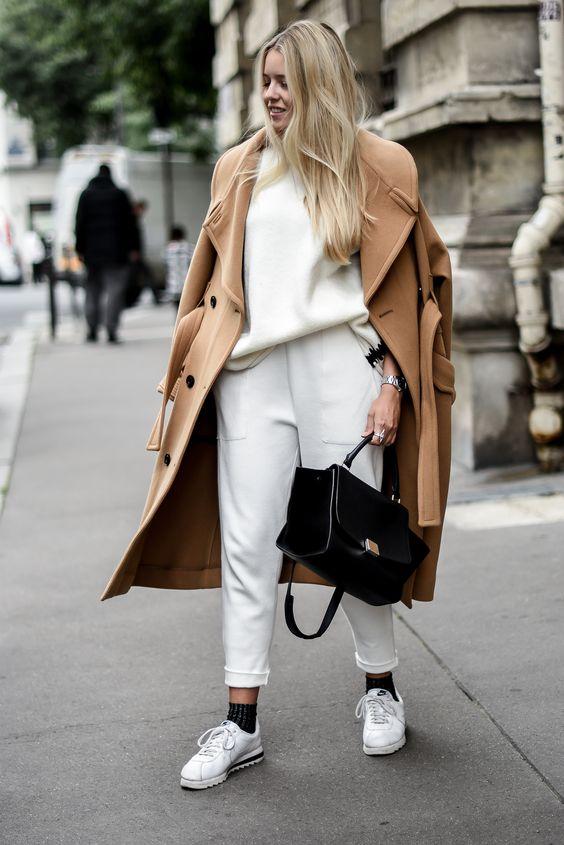 Cammello e bianco abbinamento