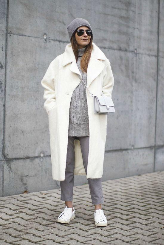 Outfit bianco e grigio