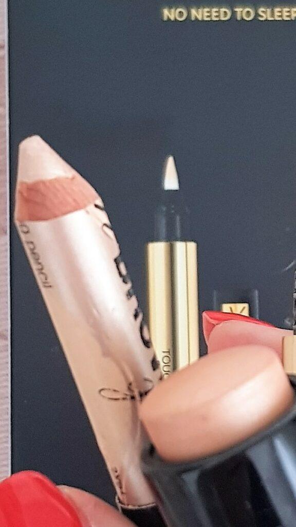 Highlighter o prodotti illuminanti per il make-up: recensione dei migliori prodotti
