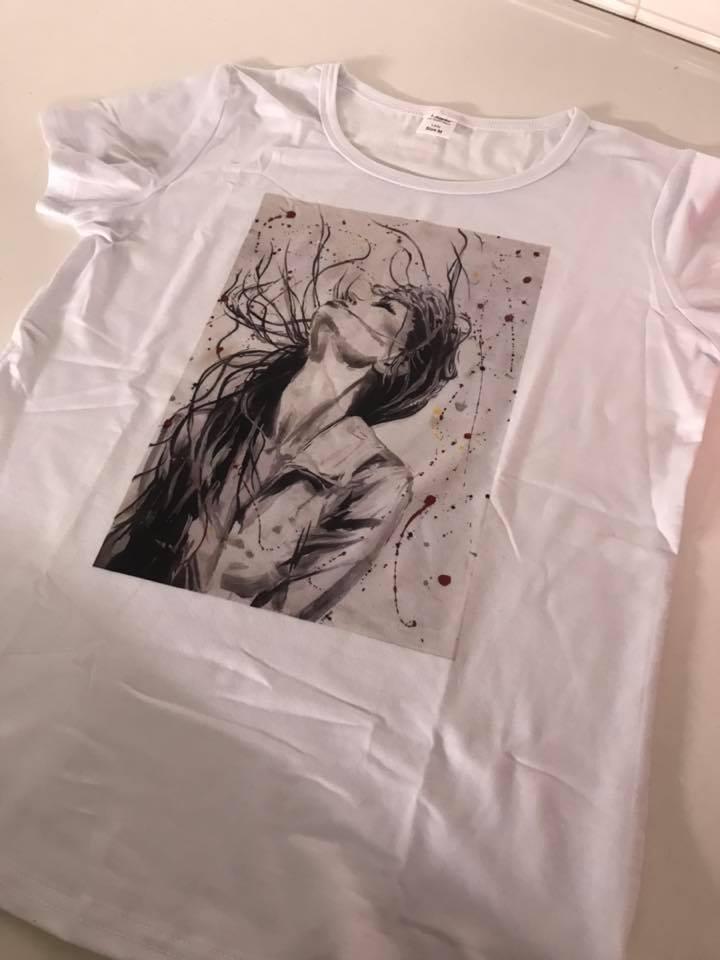 T-shirt uniche di Monica Criscioli