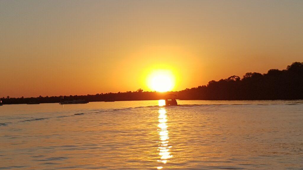 tramonto africano