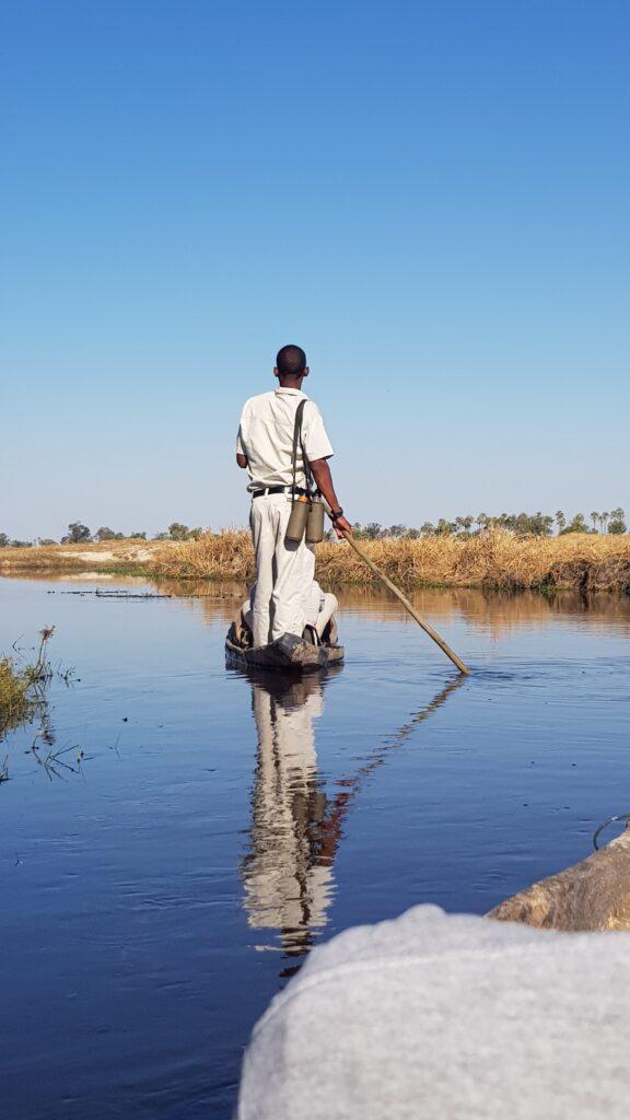 In canoa nel Delta dell'Okavango