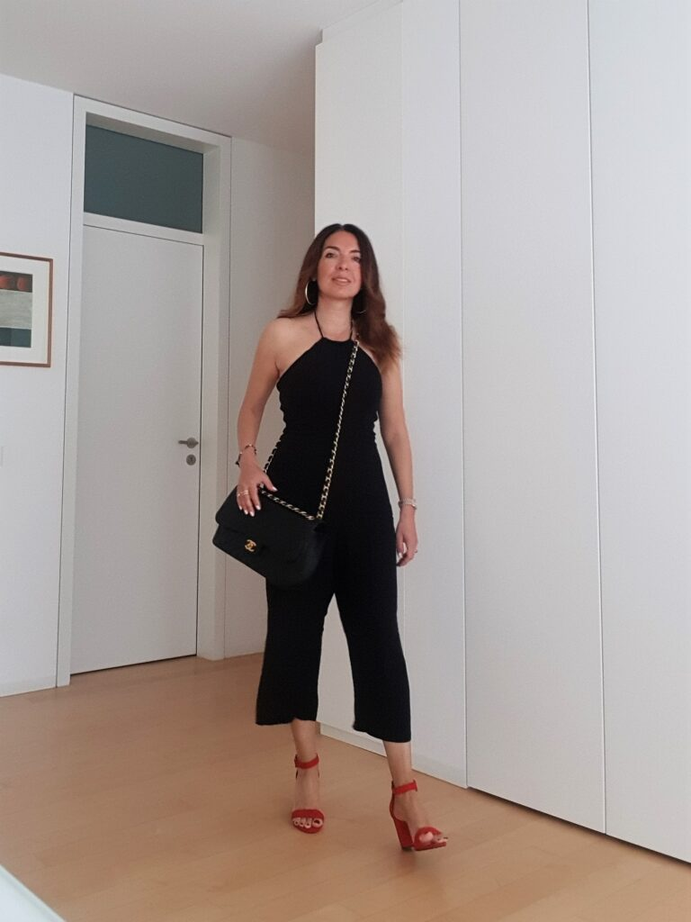 Jumpsuit nera outfit