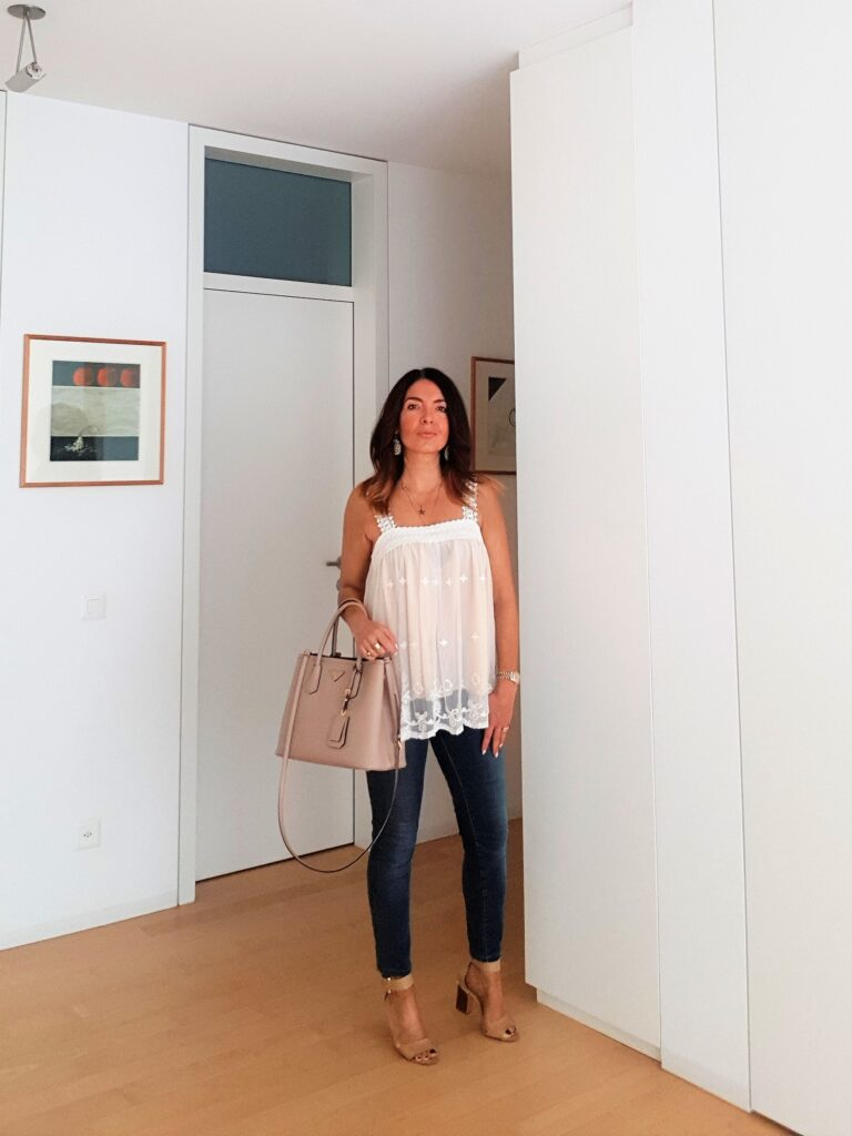jeans skinny jeans skinni per outfit estivo