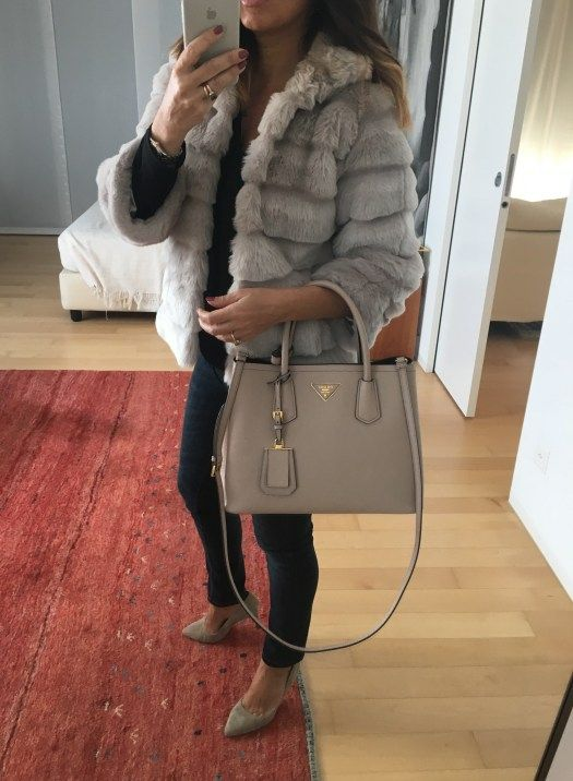 bags that every woman should have shopper