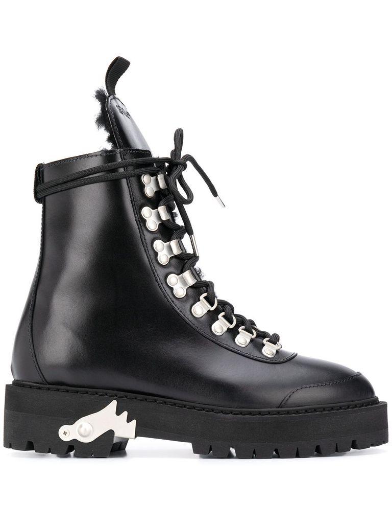 Tendenze moda autunno inverno 2020 21 biker boot