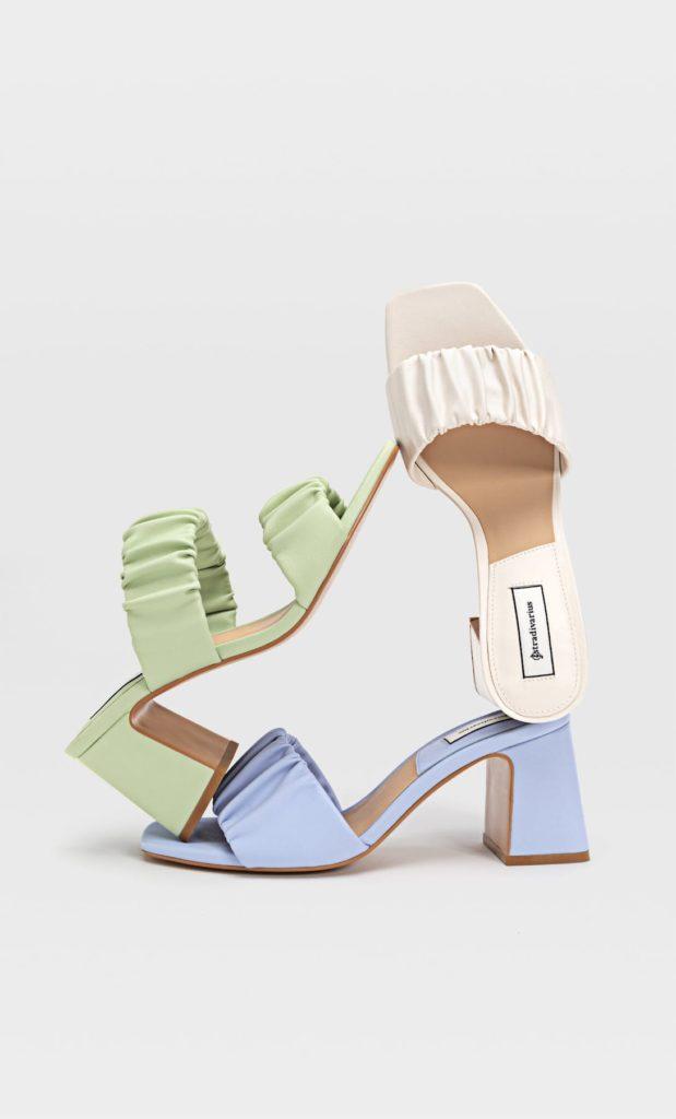 Moda scarpe primavera estate 2021: sandali pastello