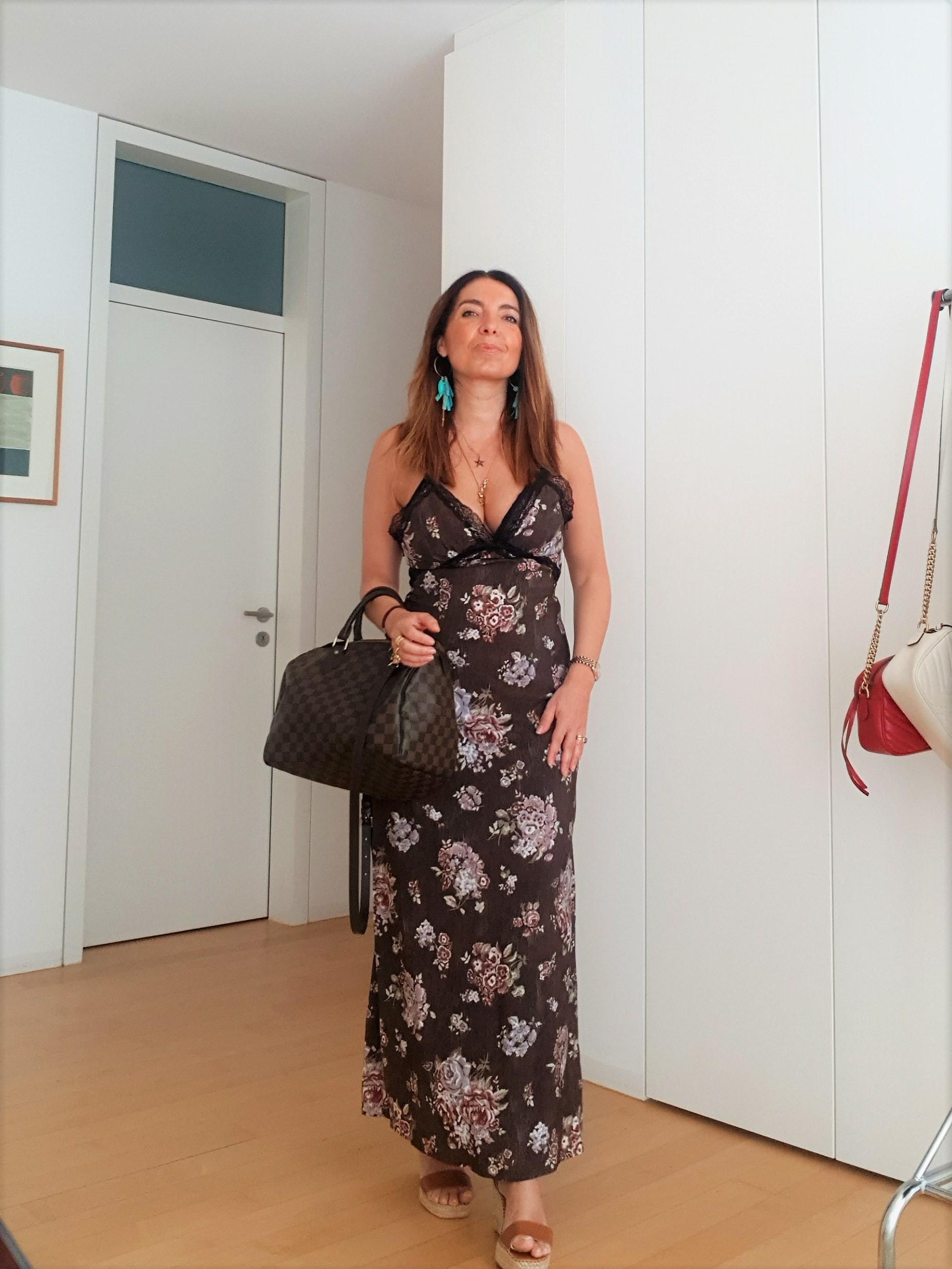 Maxi dress estivi donna: quali scegliere e come indossarli nel 2021